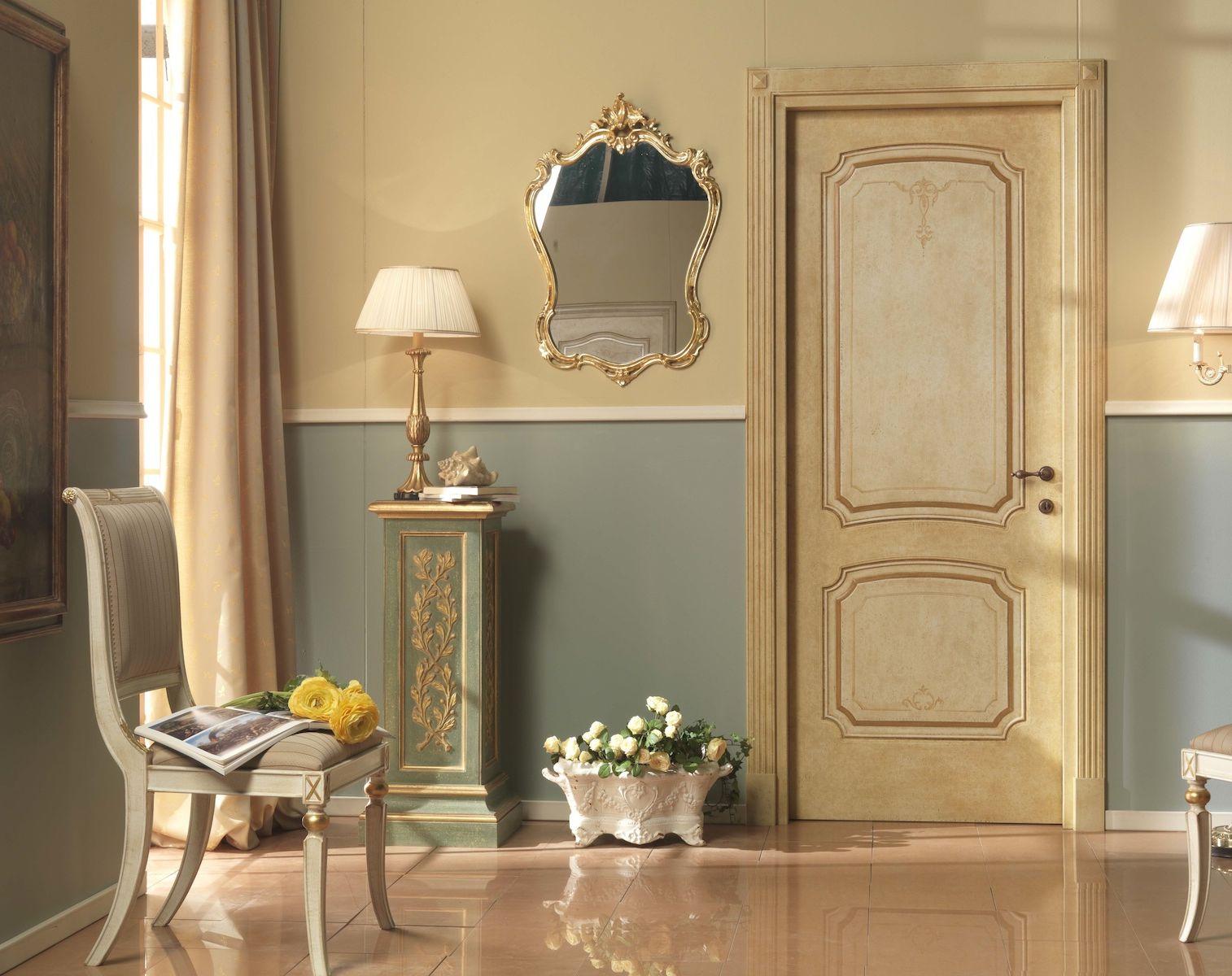 Сlassic door