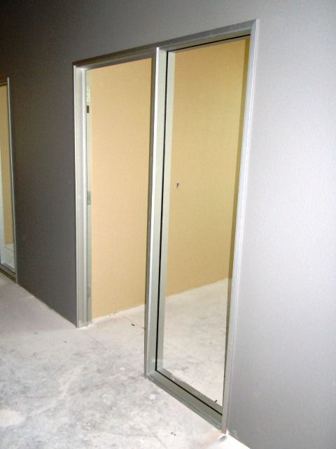 Aluminium interior with a large glass for Interior door construction