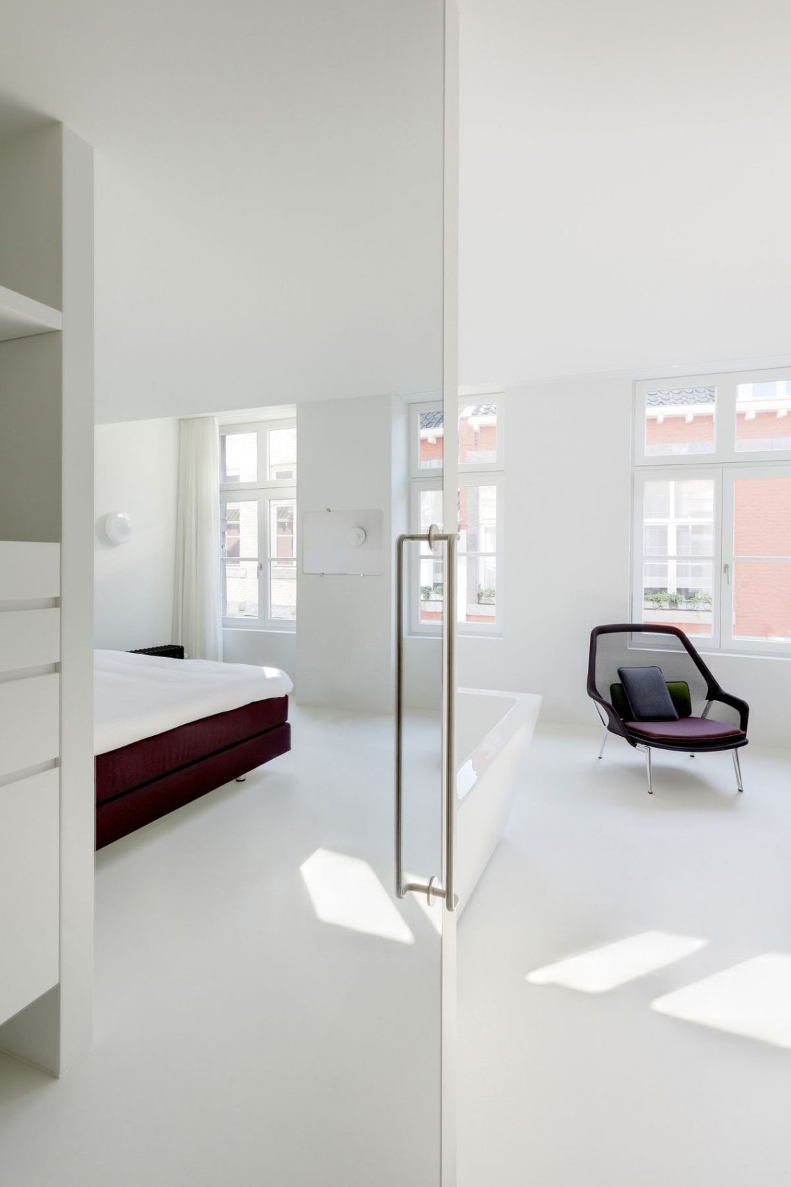Amusing Bdroom Design With Glass Door