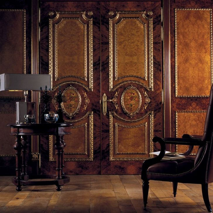 Interior doors styles matching of dominant designing for Baroque glass door