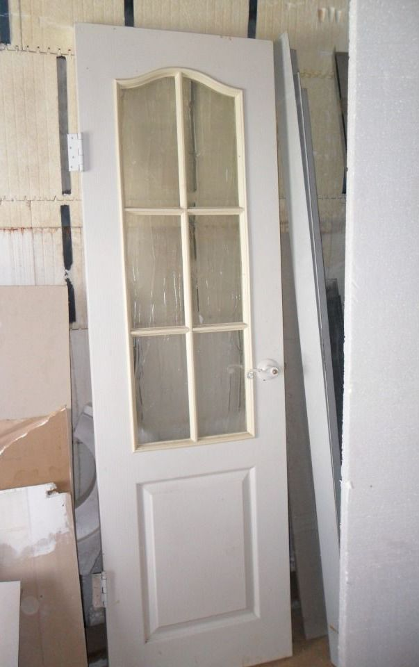 Internal masonite door with glass