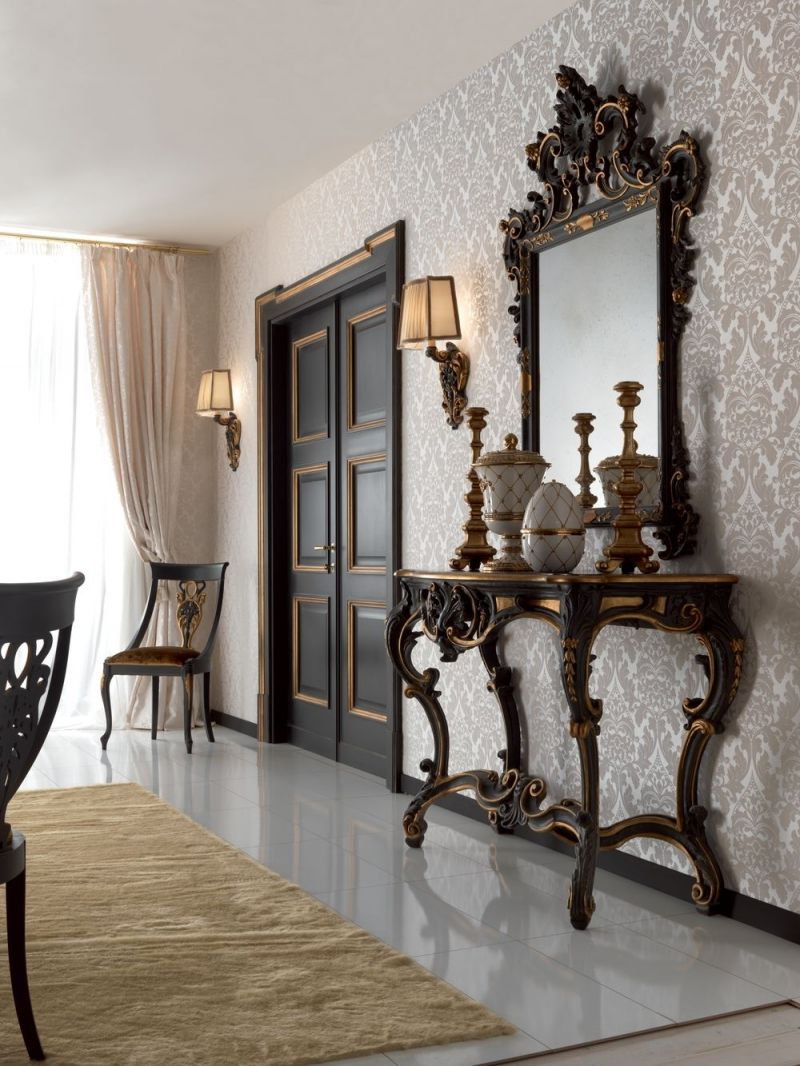 The dark wooden door in classic Baroque style perfectly complements the Vintage style of the interior