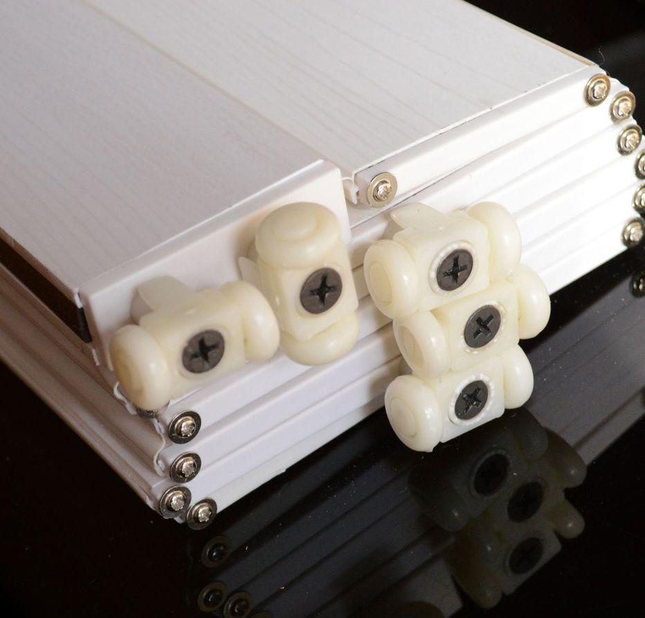Rollers Folding plastic doors