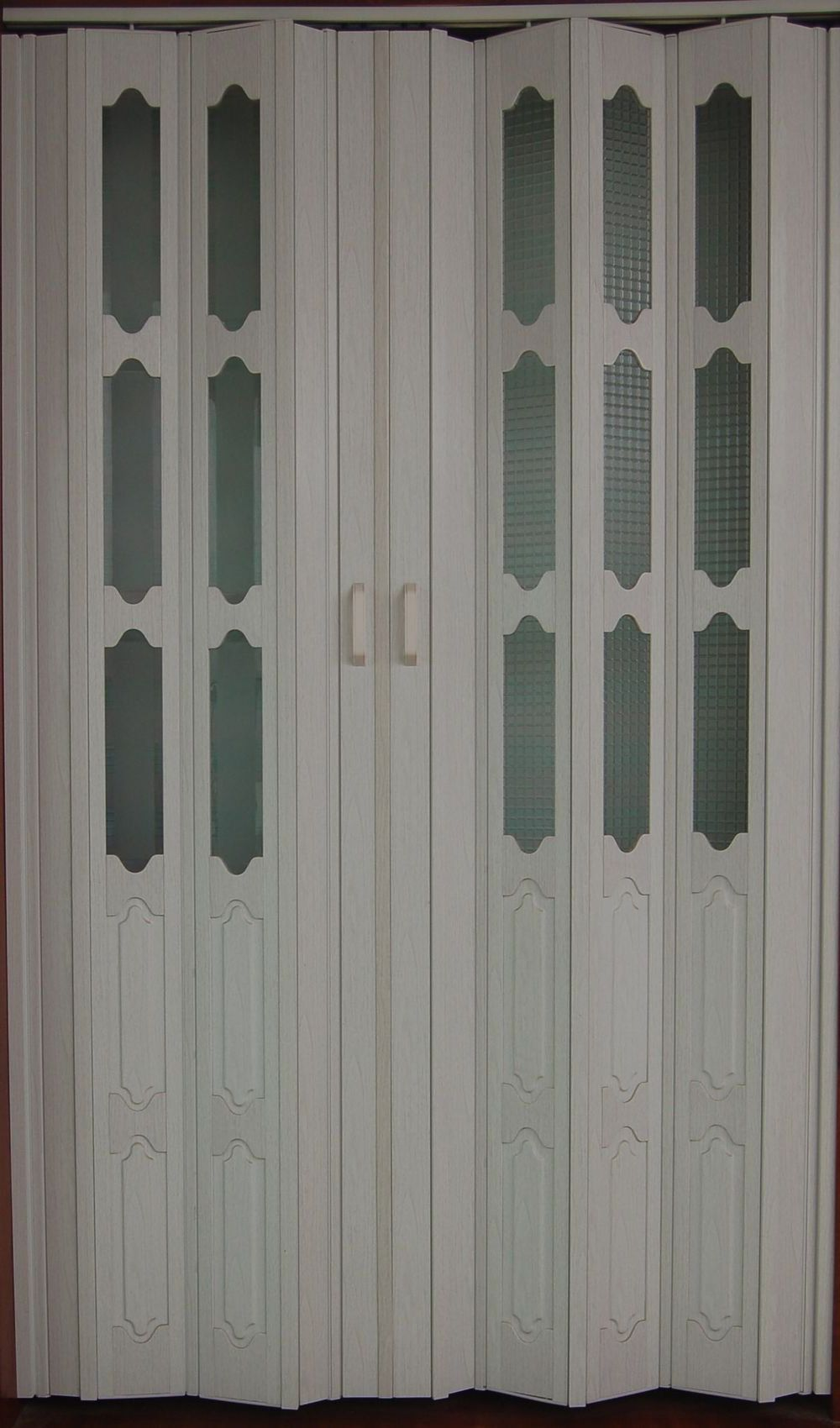 Bathroom folding door for Folding doors
