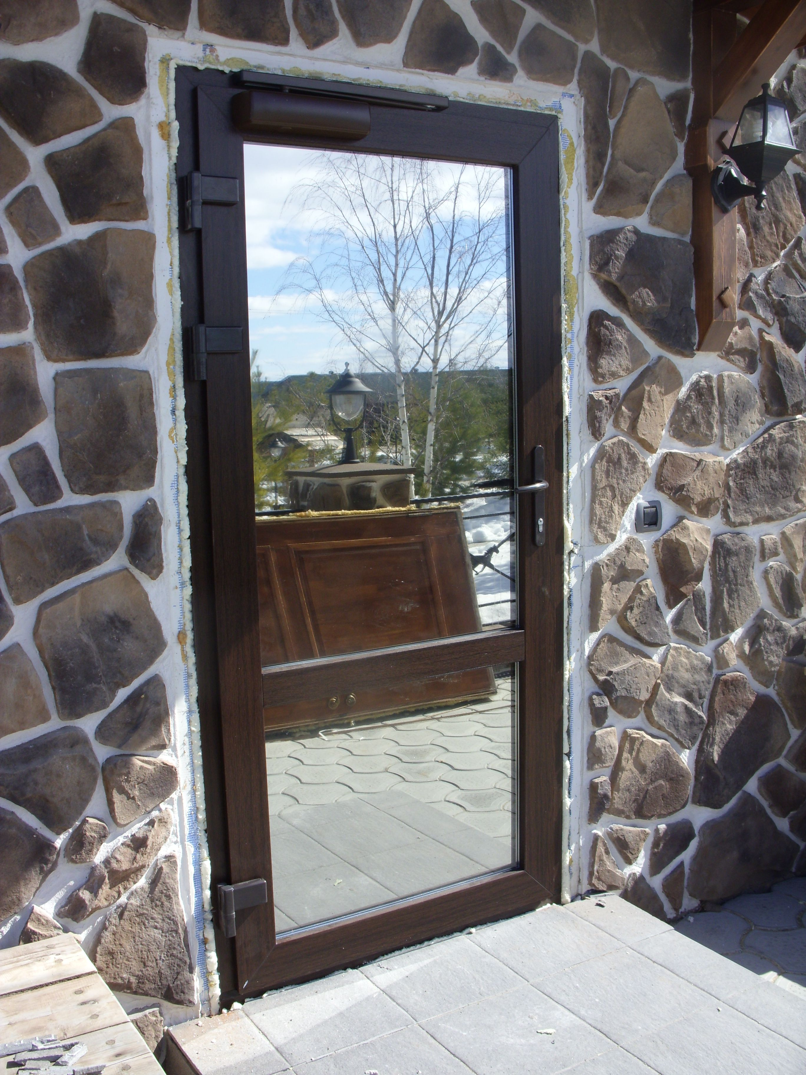 Entrance aluminum door with mirror glass