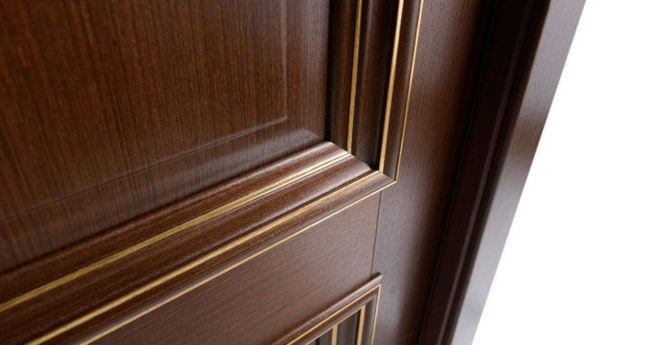 Veneered doors 728x381 - Methods of decorative finishing of interior doors