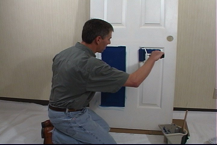 Painting doors - What type of paint to use for staining interior doors