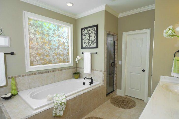 The metalplastic door to the bathroom and toilet 728x483 - Choosing doors for the bathroom and toilet