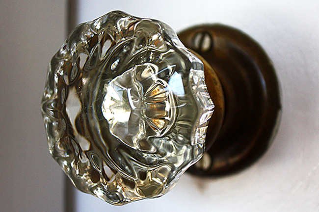 Gentil Antique Glass Door Knobs
