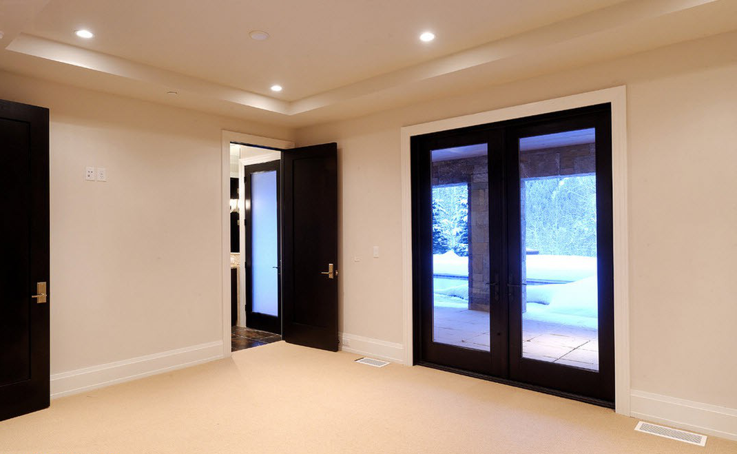 Black entrance and interior doors for your home - Sophisticated black interior doors ...