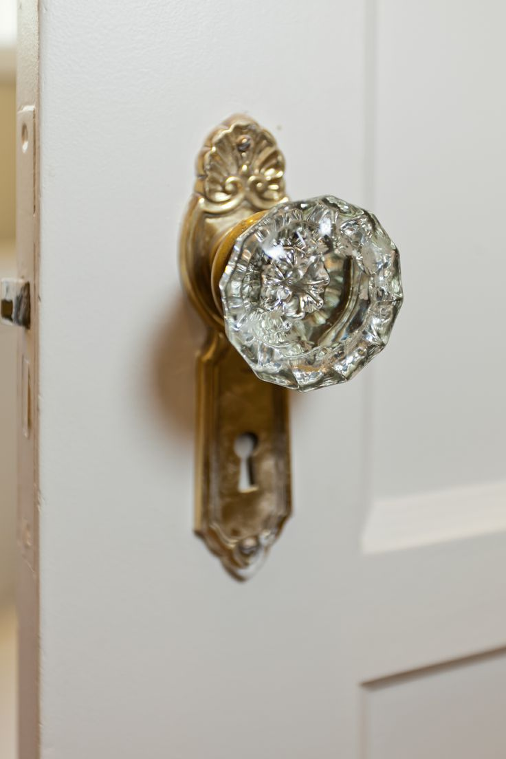 Glass crystal door knobs