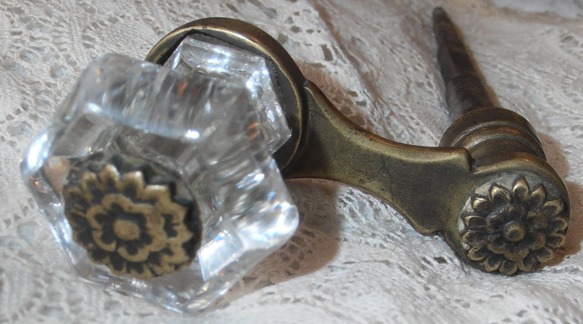 ... Vintage Crystal Door Knob ...