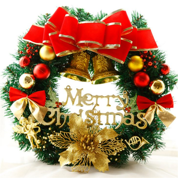 Christmas Door Wreath 728x728 - Make a New Year Wreath on a Door with your own hands