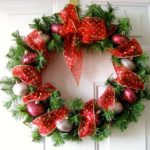 Make a New Year Wreath on a Door with your own hands