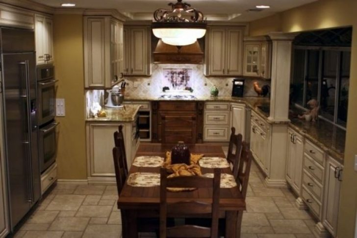 Italian kitchen furniture made of natural wood 728x485 - Italian Kitchen Decor - the charm of tradition