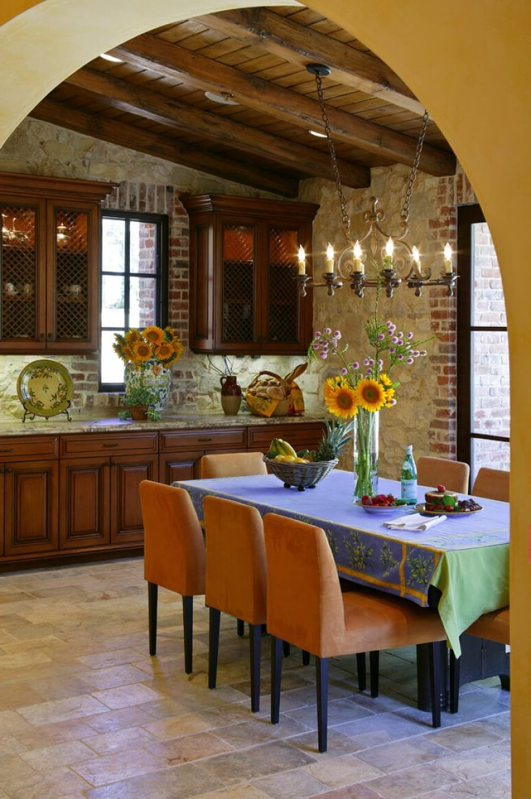 Lighting in the kitchen in the Italian style - Stylized antique chandeliers