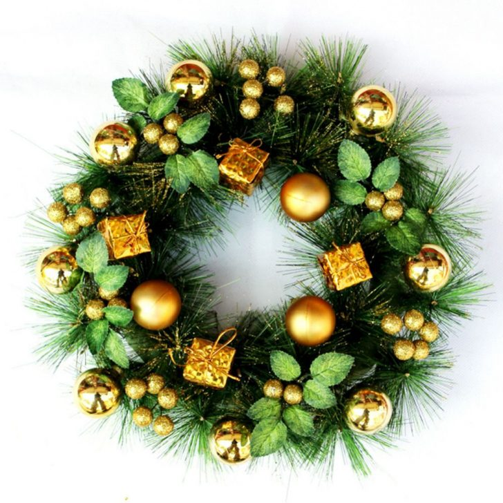 Modern Christmas Door Wreath 728x728 - Make a New Year Wreath on a Door with your own hands