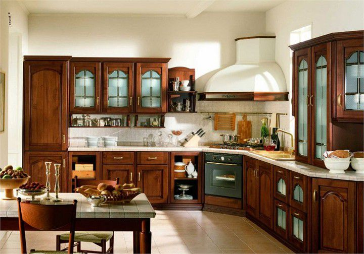 Small cozy kitchen in the Italian style - Italian Kitchen Decor - the charm of tradition