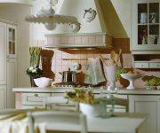 Soft lateral illumination in the kitchen Italian style, kitchen utensils