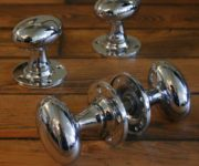 Chrome oval door knobs