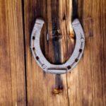 How to hang a Horseshoe over a Door