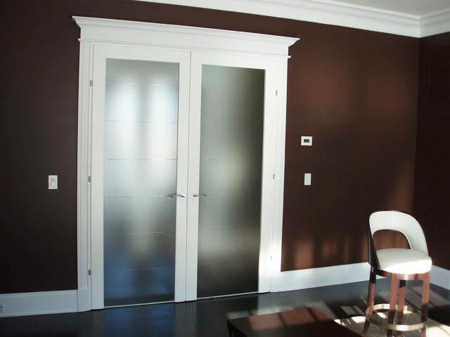 ... White Interior French Doors With Frosted Glass ...