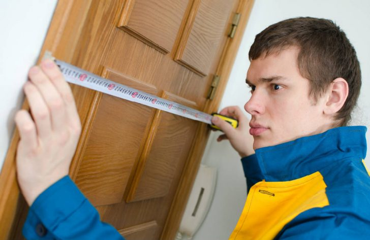How to measure interior door size