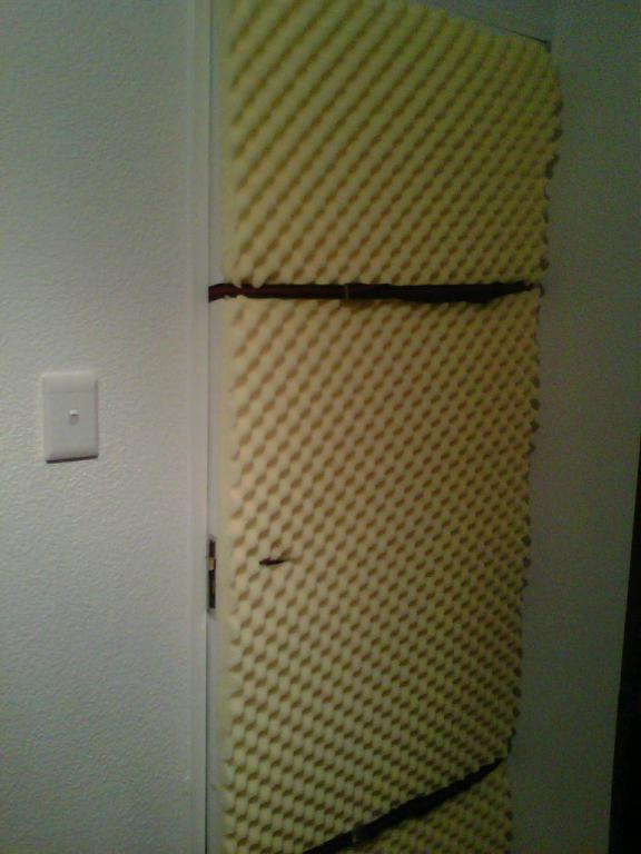 Soundproofing apartment door