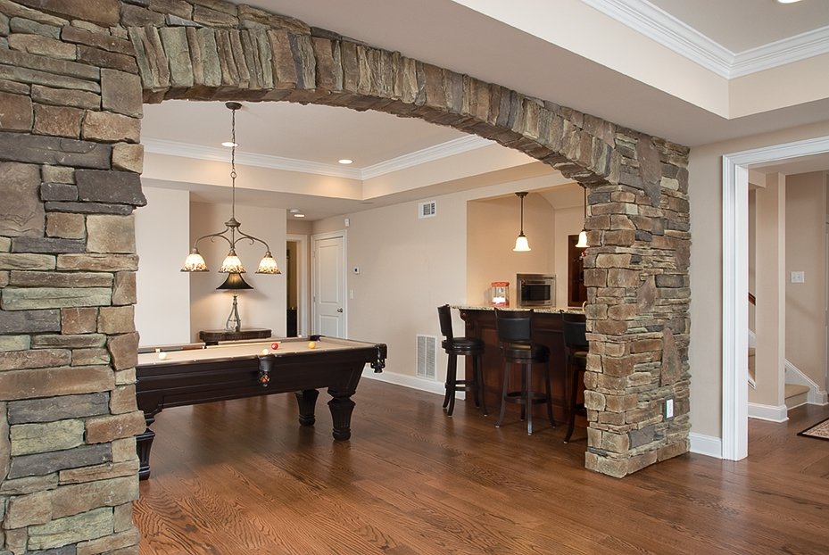 Stone arch in kitchen for Interior arch designs photos