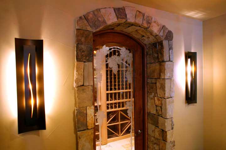 Stone veneer exterior doorway