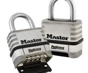 Weatherproof combination padlock