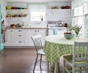 Curtains and tablecloth in the kitchen country style (Material – cotton, linen or hemp).