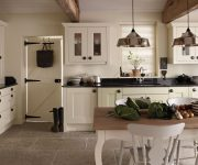 Floor made of natural stone in the kitchen