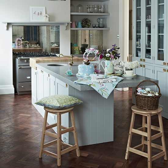Flooring of parquet boards for kitchen contry stile