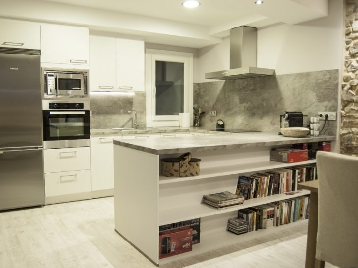 Modern Hi Tech Kitchen - The white-gray interior creates a sense of spaciousness