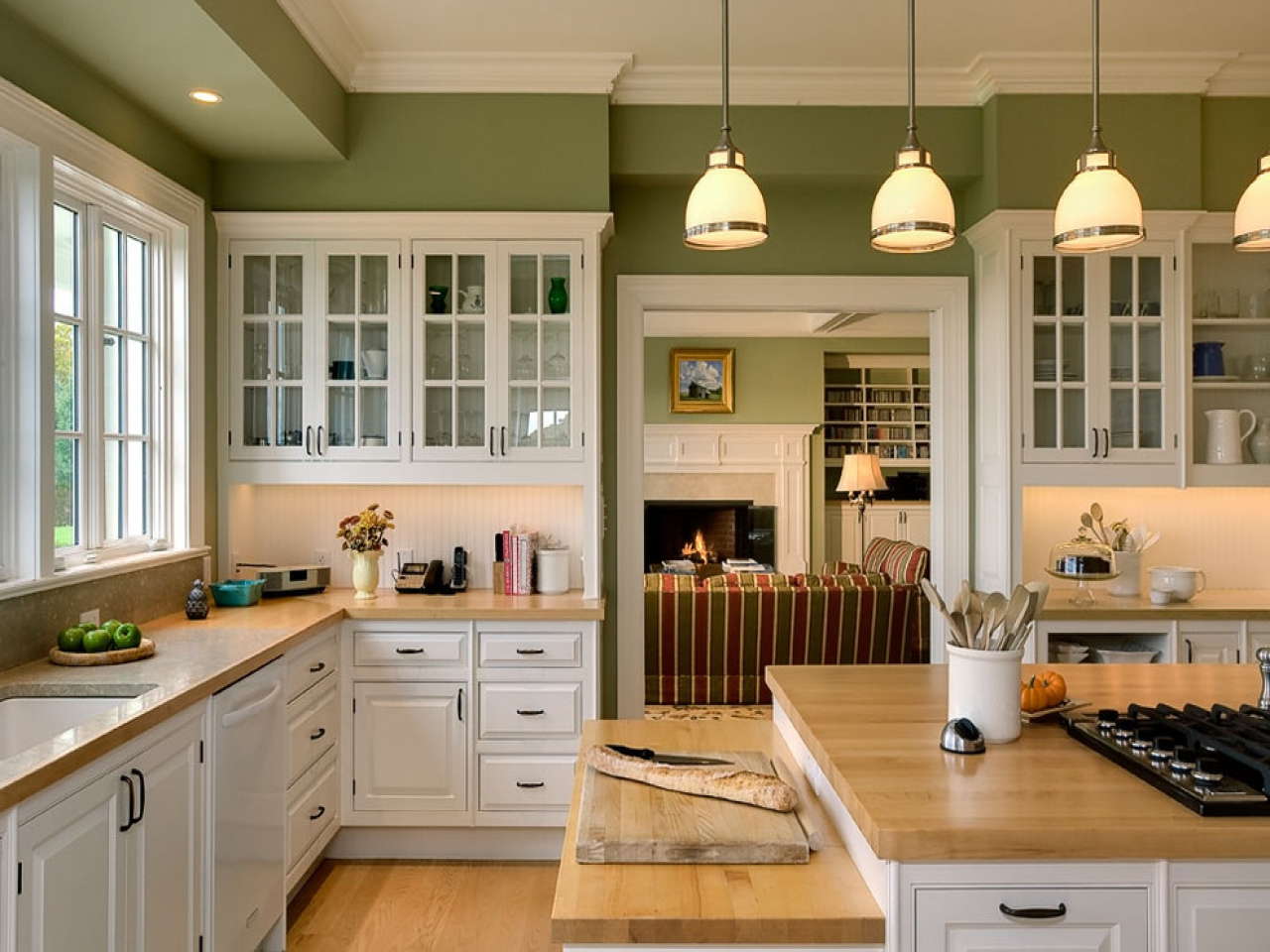 Painted walls - country style kitchen design ideas