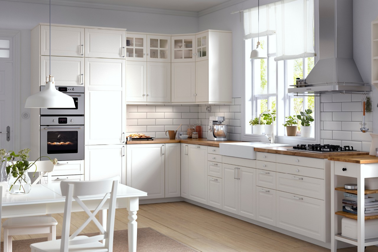 White kitchen tiles - country kitchen ideas