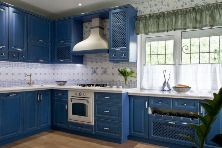 Blue Kitchen 728x485 - Provence Style Kitchens – 100 ideas for interior