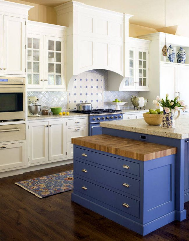 Blue tones in the kitchen of Provence