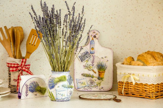 Provence Kitchen Accessories 2 - Provence Style Kitchens – 100 ideas for interior