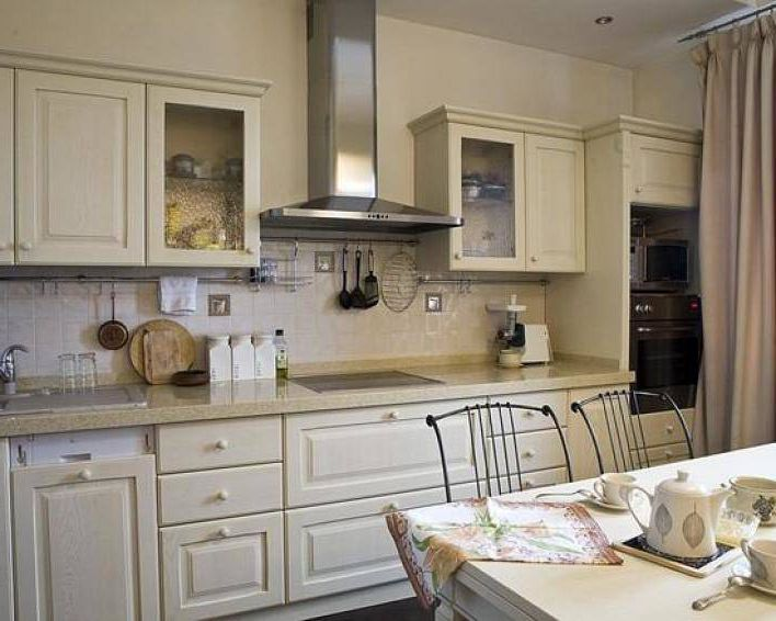 Provence Kitchen Design. Finishing touches. 5