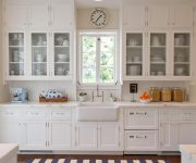 White color in Provence style decor