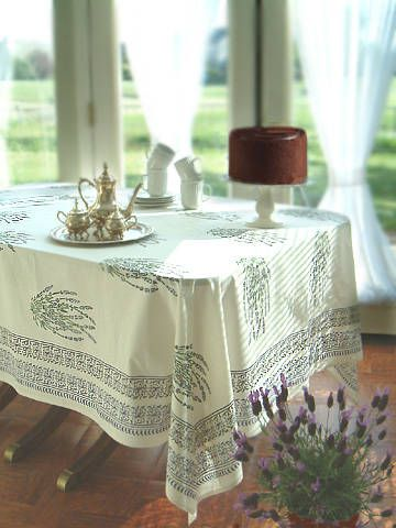 White tablecloth – Provence Kitchen